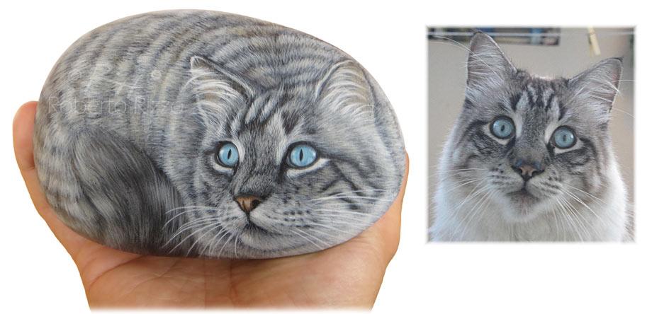 Gatto dipinto su pietra