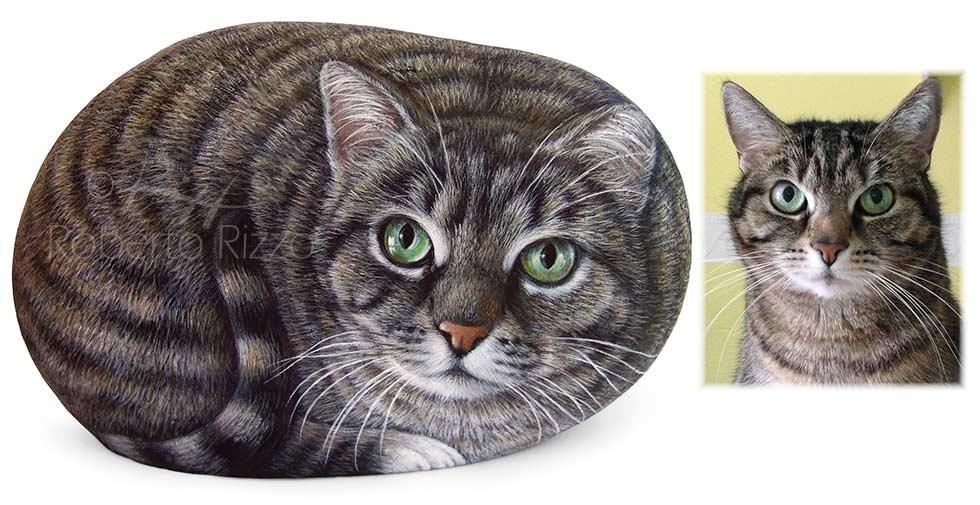 dipingere gatti sui sassi