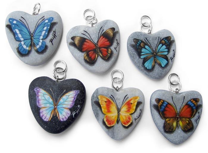 Ciondoli dipinti a mano con farfalle
