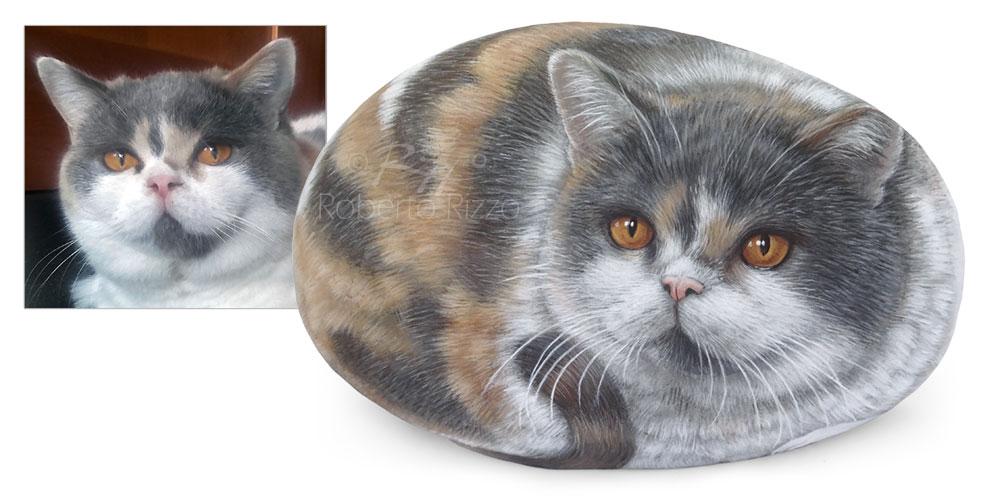 Ritratto di gatto su pietra