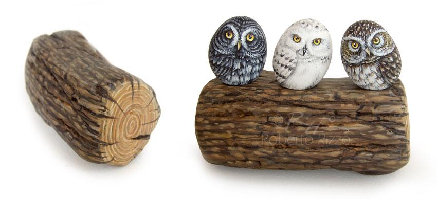 Rapaci notturni su tronco - acrilico su pietre - cm. 10