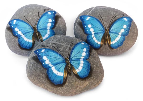 Farfalle azzurre - acrilico su pietre - cm. 8 (cad.)