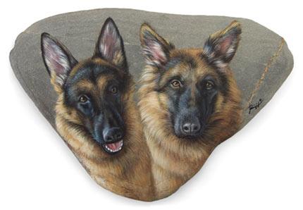 sasso-dipinto-cani-lupo