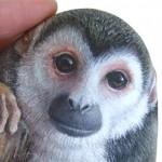 Scimmia Scoiattolo - Acrilico Su Pietra - Cm. 13