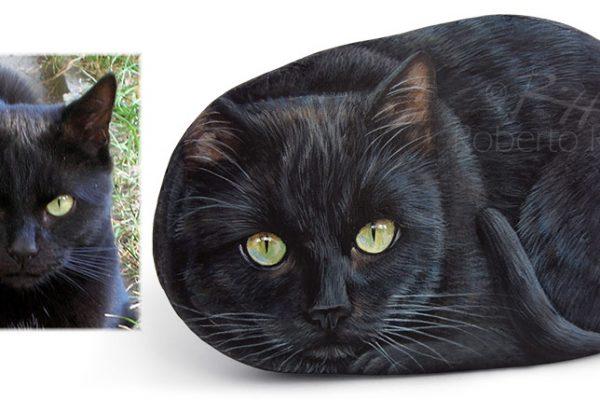 Gatto Nero Dipinto Su Pietra