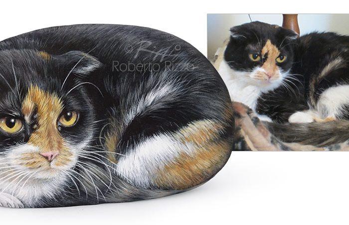 Gatto Dipinto Su Sasso