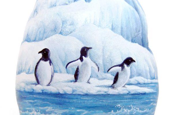 Sasso Dipinto Con Pinguini
