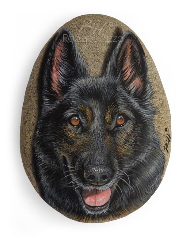 Ritratto di cane lupo su sasso